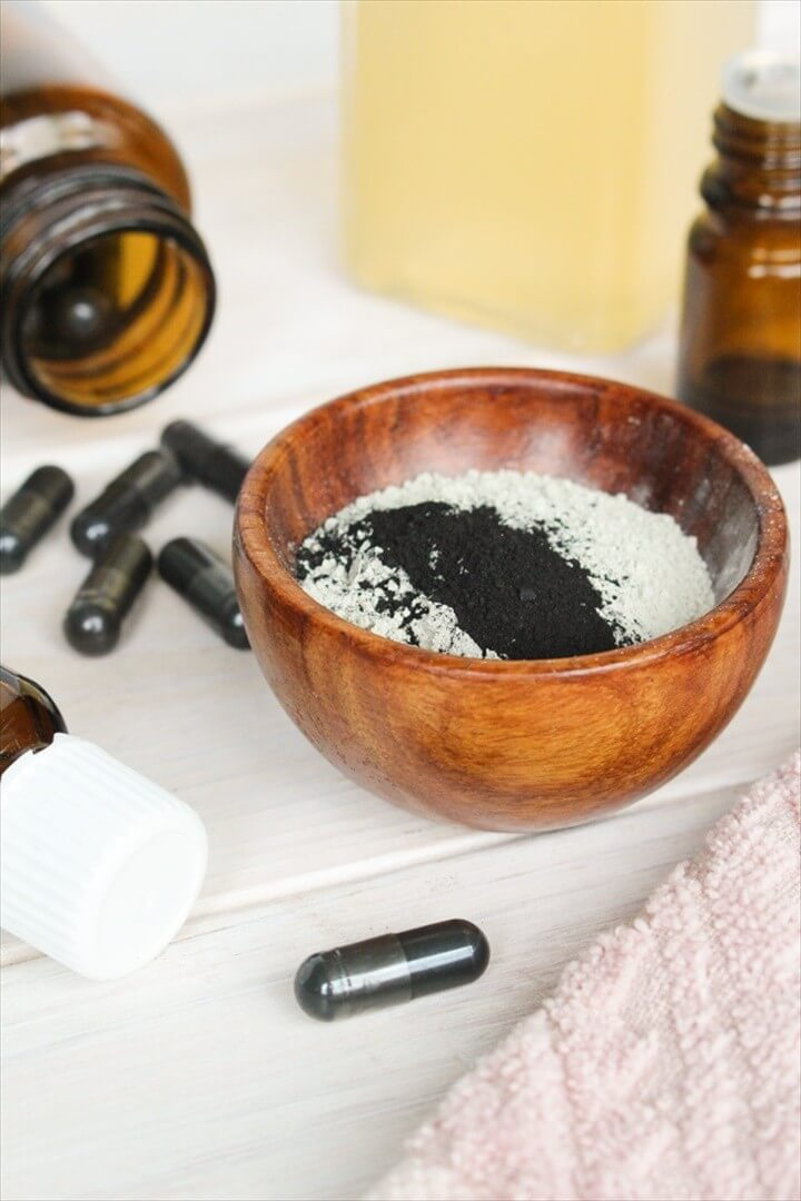 The Ultimate Guide to DIY Face Masks for Acne