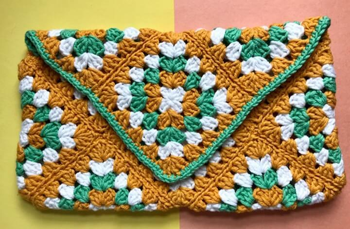 How to Crochet a Granny Square Clutch Bag