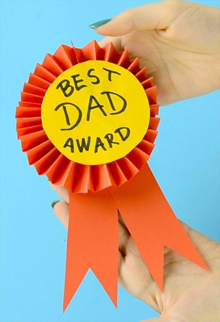 DIY Paper Award Ribbon for Dad