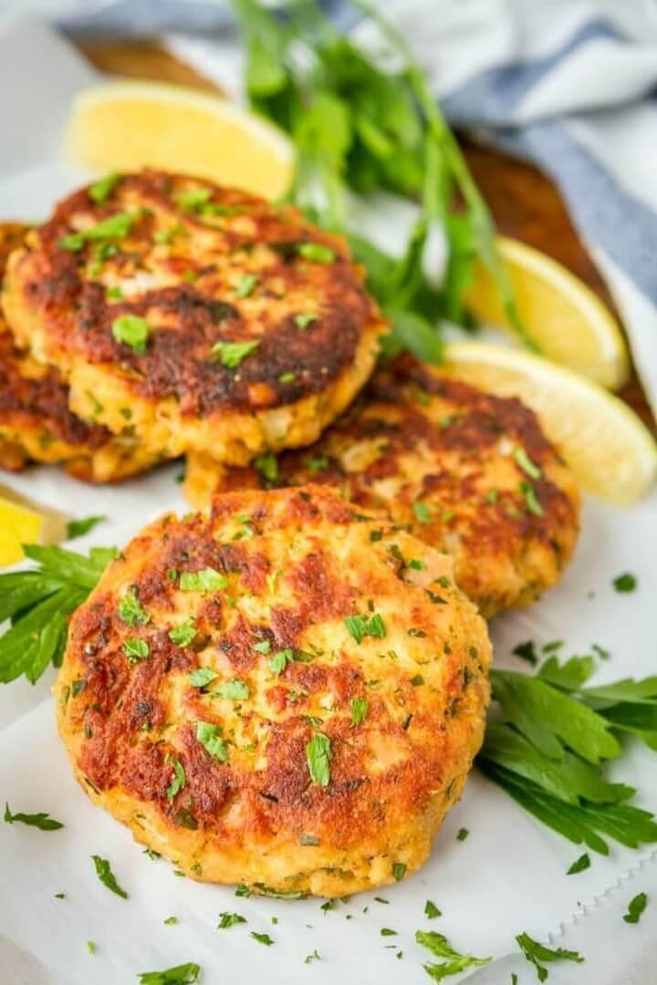 Crispy Tuna Patties Dinner Recipe, diytomake.com