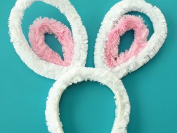 DIY Pipe Cleaner Bunny Ears, pipe cleaner crafts flowers, pipe cleaner crafts animals, pipe cleaner crafts for adults, crafts with pipe cleaners and pom poms, easy pipe cleaner crafts step by step, pipe cleaner rose, crafts with pipe cleaners and beads, pipe cleaner butterfly, pipe cleaner crafts flowers, pipe cleaner crafts animals, crafts with pipe cleaners and pom poms, easy pipe cleaner crafts step by step, pipe cleaner crafts for adults, pipe cleaner rose, crafts with pipe cleaners and beads, pipe cleaner butterfly, diytomake.com