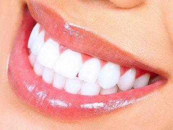 DIY Teeth Whitening Activated Charcoal Tips