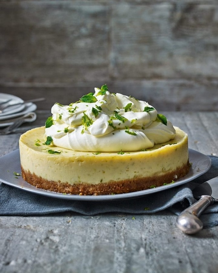 Perfect American Classic Key Lime Pie