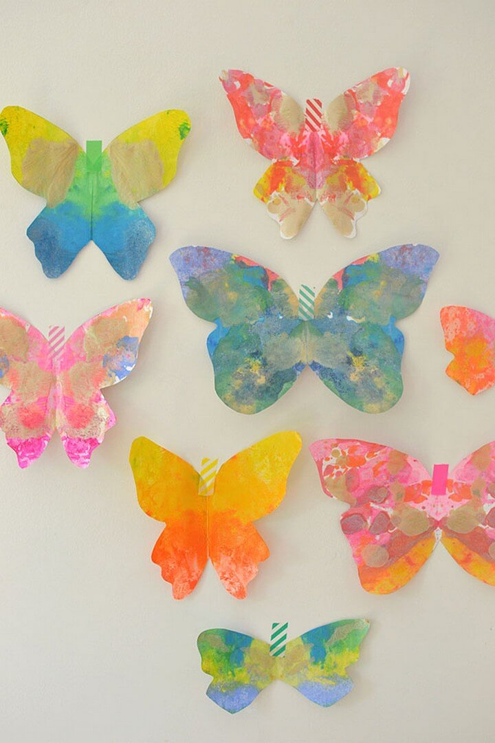 DIY Amazing Melted Crayon Butterflies, diy crafts with paper, diy crafts tutorials, diy crafts for girls, easy diy crafts, diy crafts youtube, diy crafts for kids, diy crafts for home decor, diy crafts to sell, diy projects for home, easy diy projects for home, diy projects for men, diy projects for bedroom, fun diy projects for adults, diy projects for kids, diy projects youtube, diy projects electronics, diytomake.com