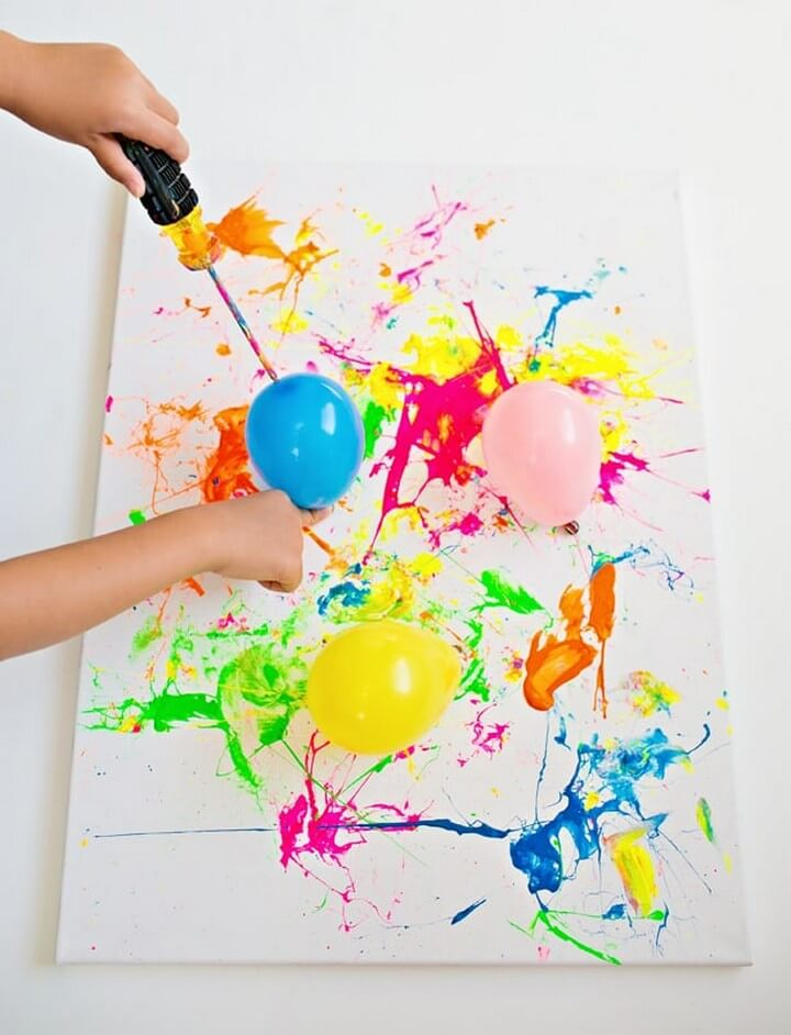 Great Balloon Splatter Painting DIY, diy crafts with paper, diy crafts tutorials, diy crafts for girls, easy diy crafts, diy crafts youtube, diy crafts for kids, diy crafts for home decor, diy crafts to sell, diy projects for home, easy diy projects for home, diy projects for men, diy projects for bedroom, fun diy projects for adults, diy projects for kids, diy projects youtube, diy projects electronics, diytomake.com