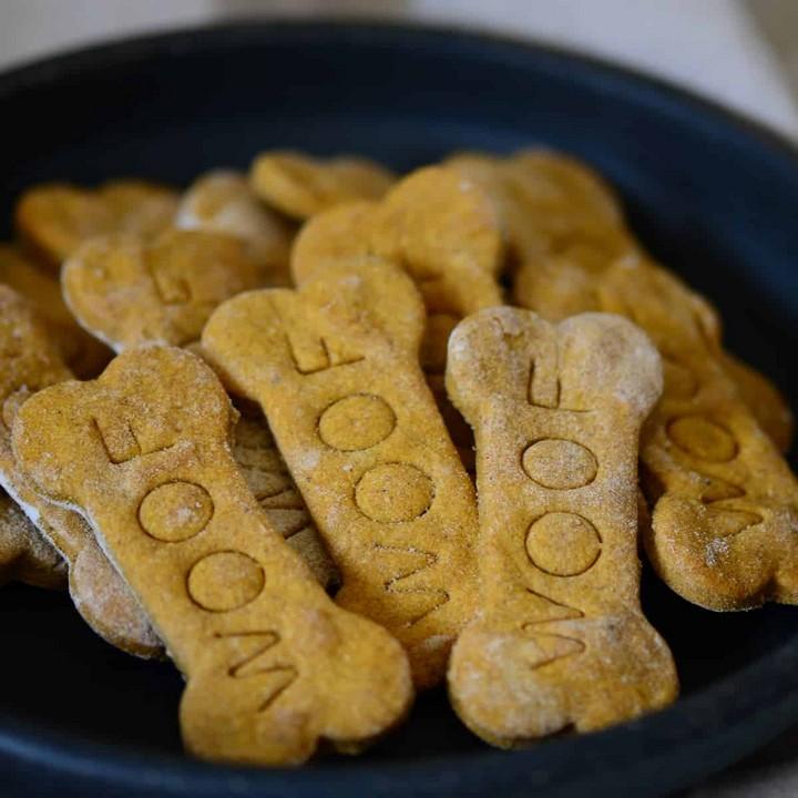 Homemade Peanut Butter Dog Treats 1