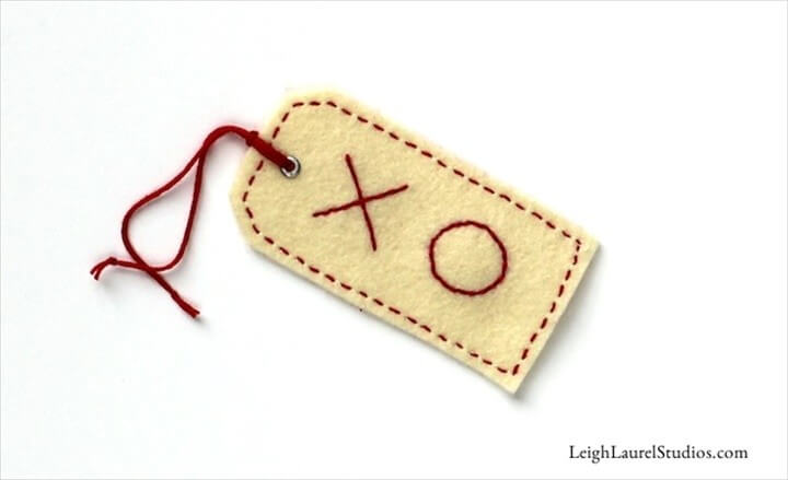 How to Make Embroidered Felt Gift Tags