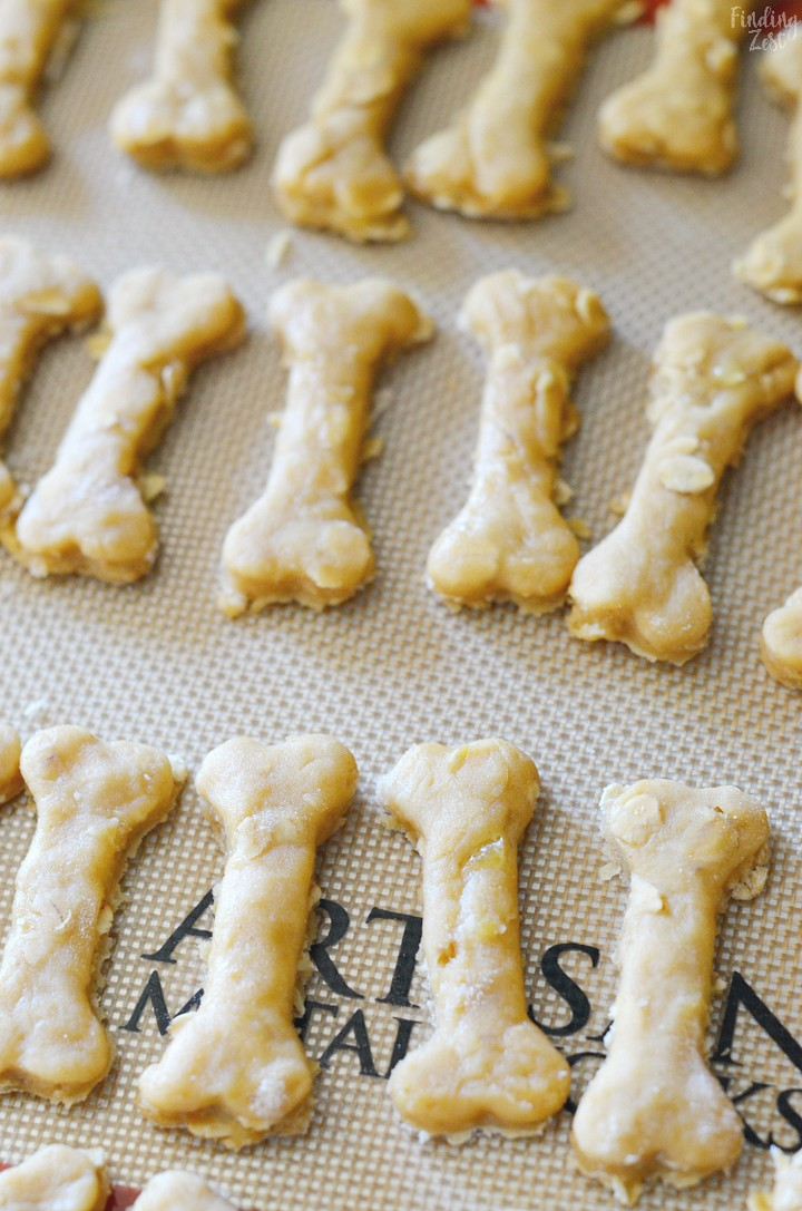 Peanut Butter and Banana Dog Biscuit Recipe