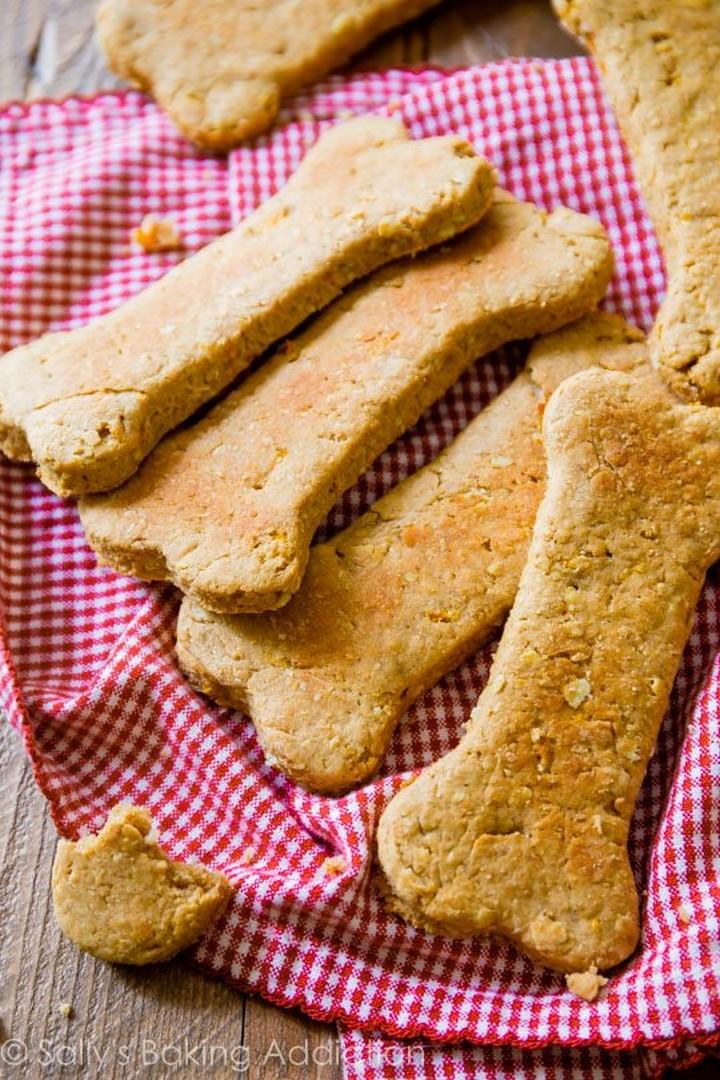 Soft Peanut Butter Carrot Dog Treats