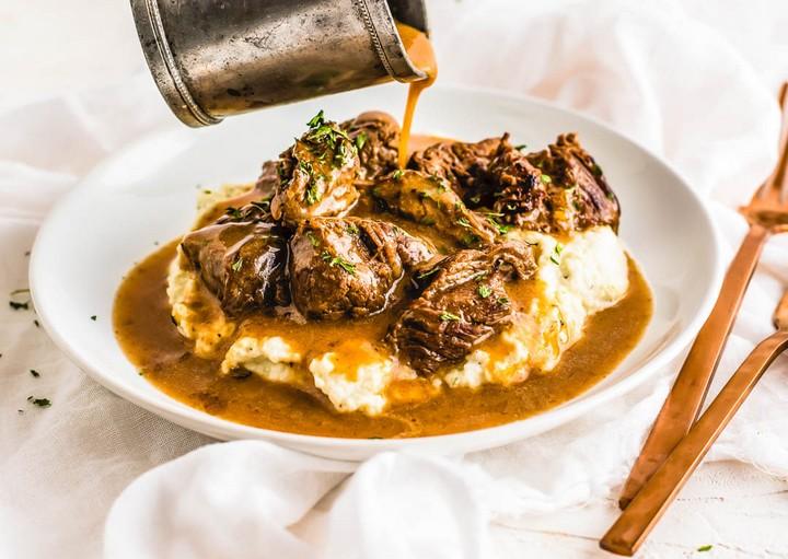 Beef Tips Gravy over Cauliflower Mash
