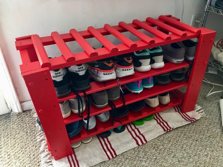 DIY Amazing Shoe Rack