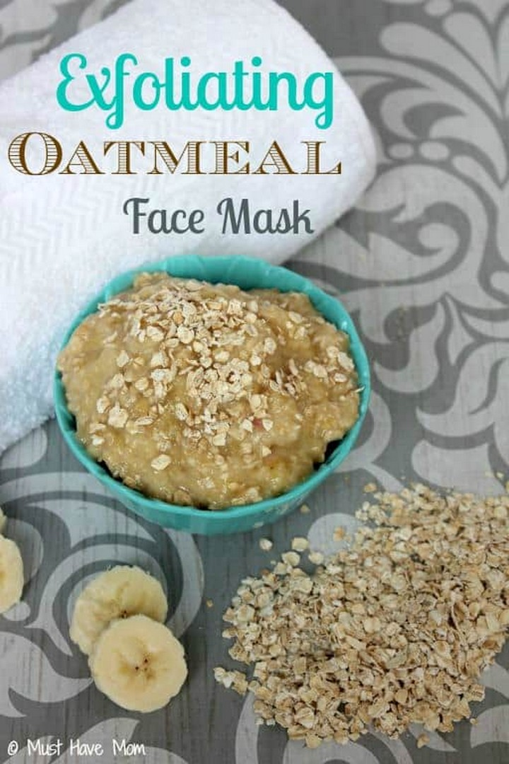 DIY Natural Exfoliating Oatmeal Face Mask