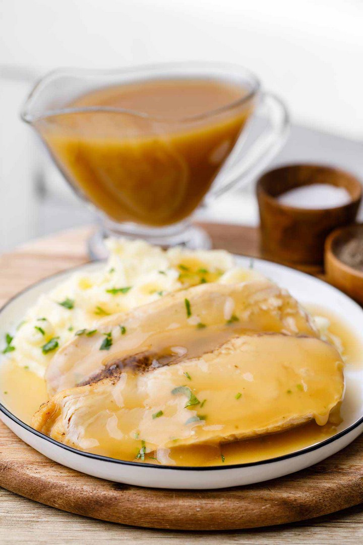 Easy Keto Gravy That Works for Any Meal 1