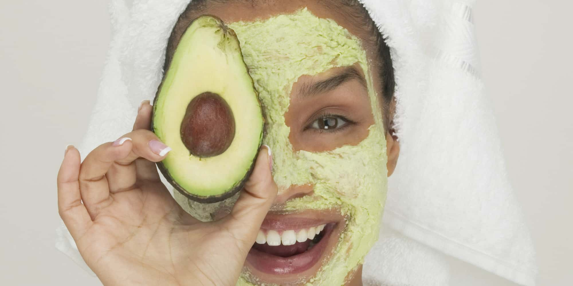 How to Make Your Own Honey and Avocado DIY Face Mask