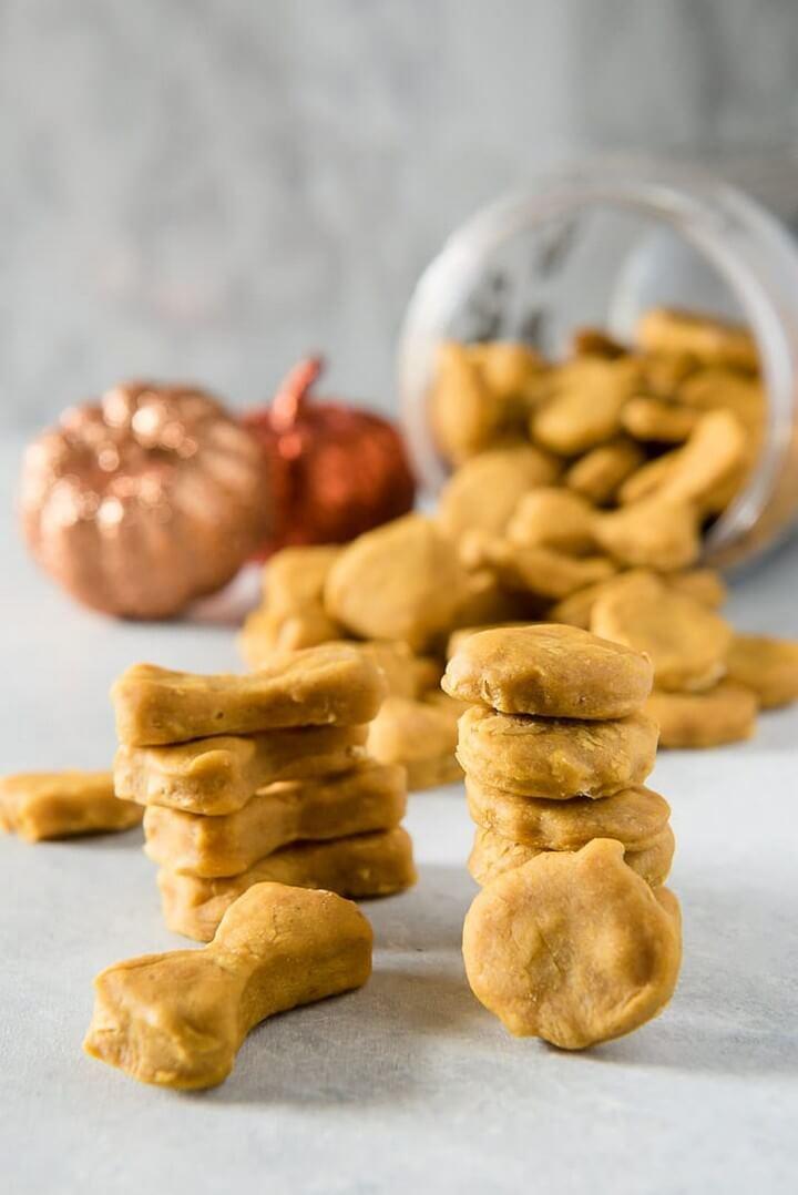 Peanut Butter Pup kin Homemade Dog Treats