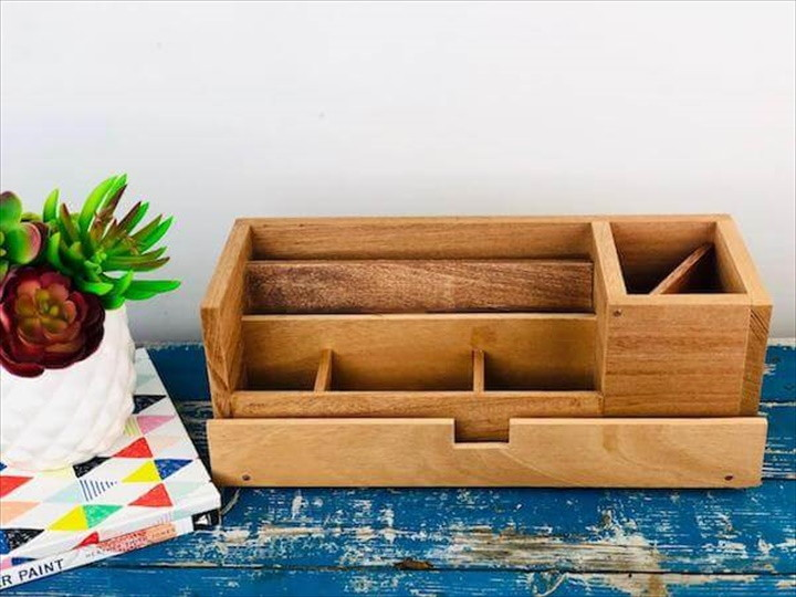 DIY A Simple Desk Organizer For All Your Stuff