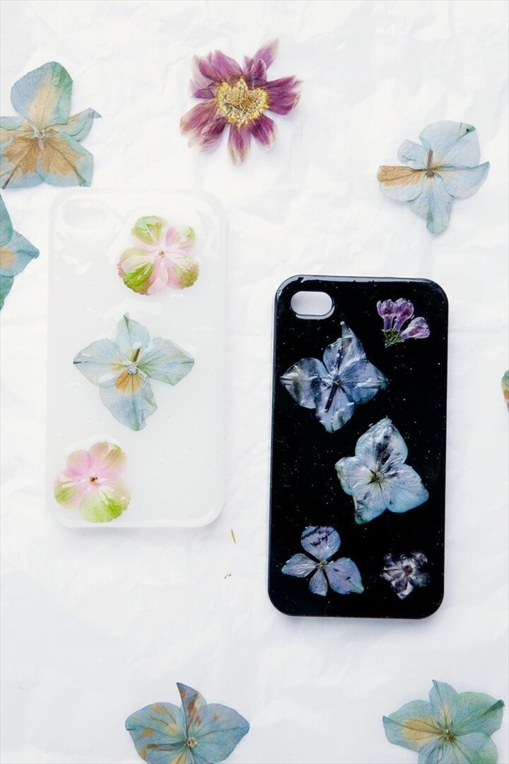 DIY Pressed Flower Phone Case