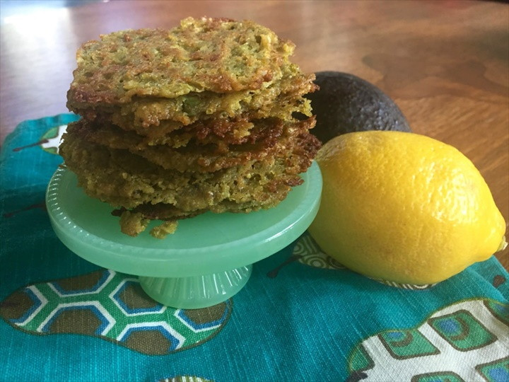 Get Your Low Carb Fix With These Super Easy Avocado Chips