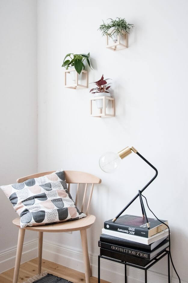 Awesome DIY Hanging Plant Holder
