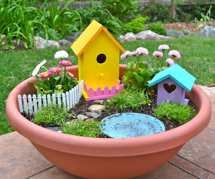 Cheerful DIY Fairy Garden For Kids to Make