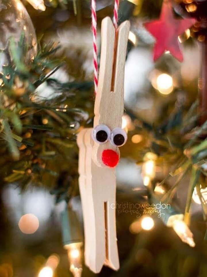 Clothespin Rudolph DIY