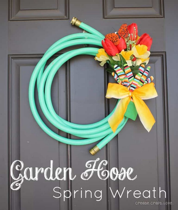 Garden Hose Wreath DIY