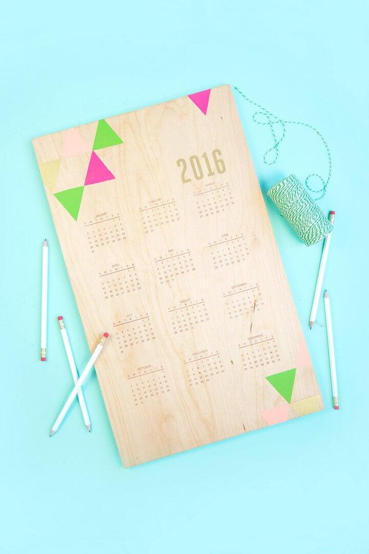 DIY Hand Stamped Wooden Calendar