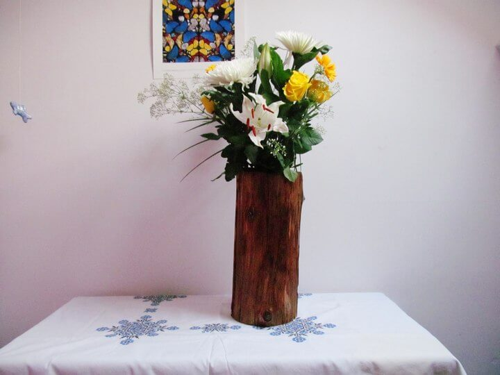 DIY Tree Stump Vase