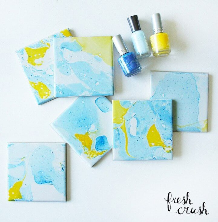 Marbling DIY With Nail Polish