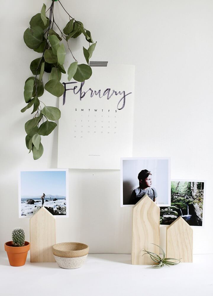 Wooden House Photo Displays DIY