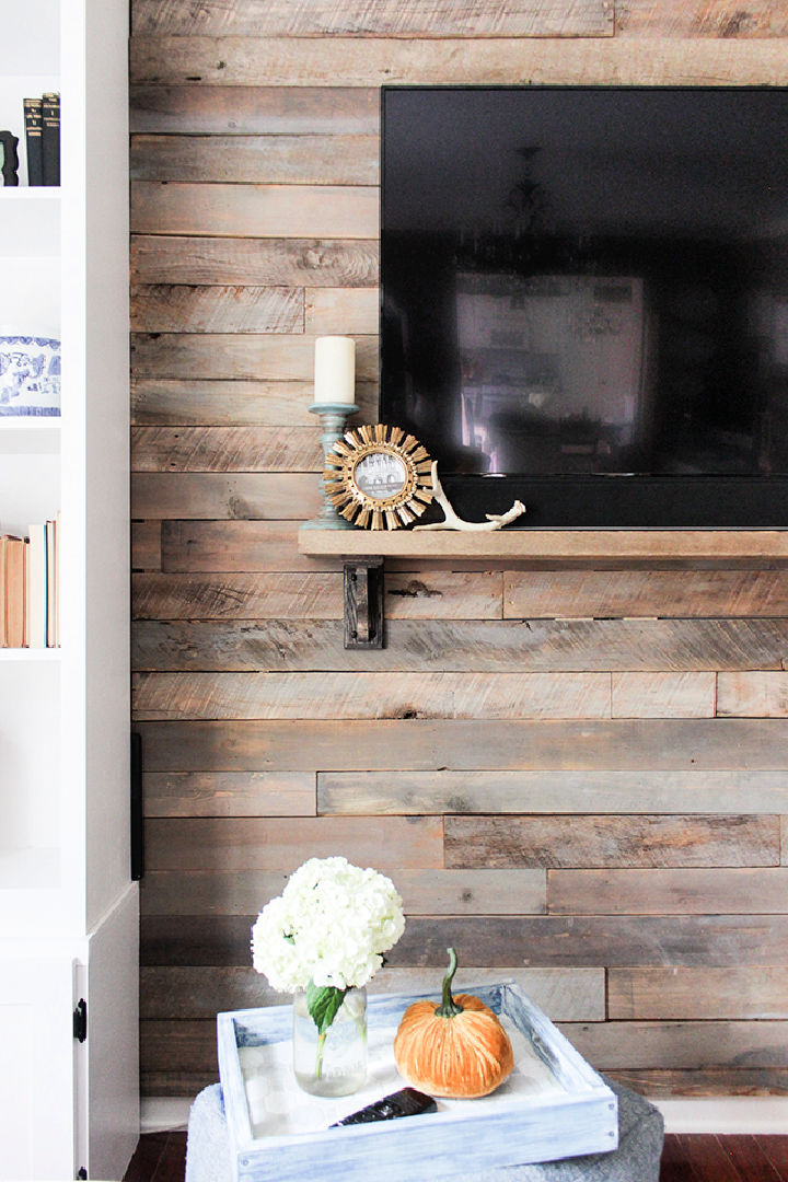 Build a Pallet Accent Wall