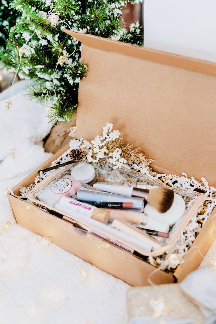 Clean Makeup Box