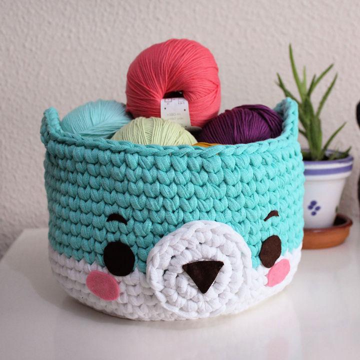 Crochet Bear Basket with T shirt Yarn