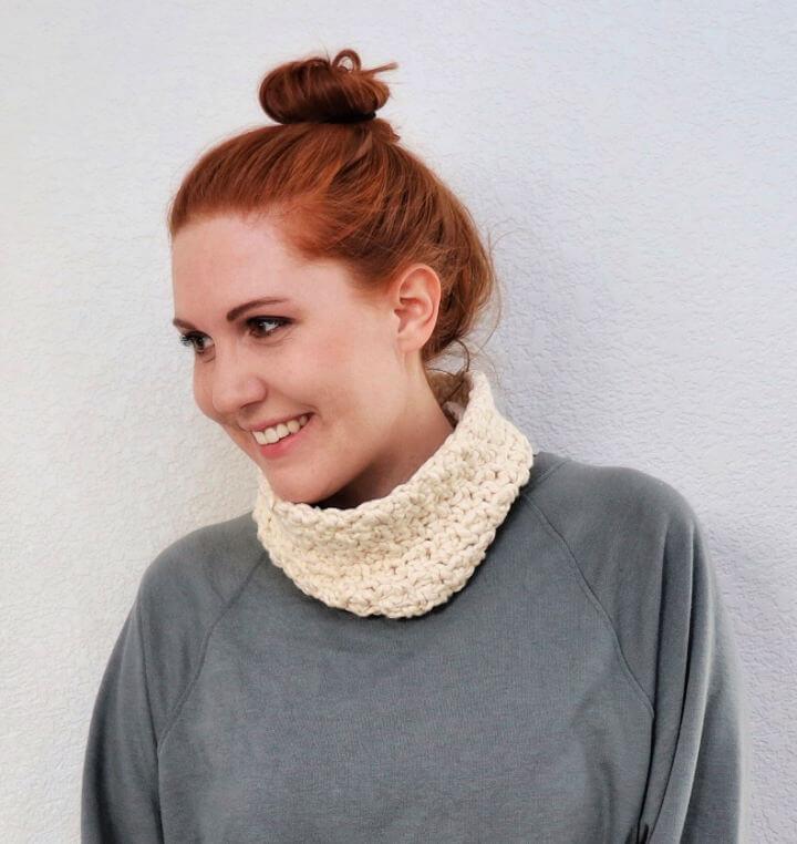 Crochet Cotton Neck Warmer