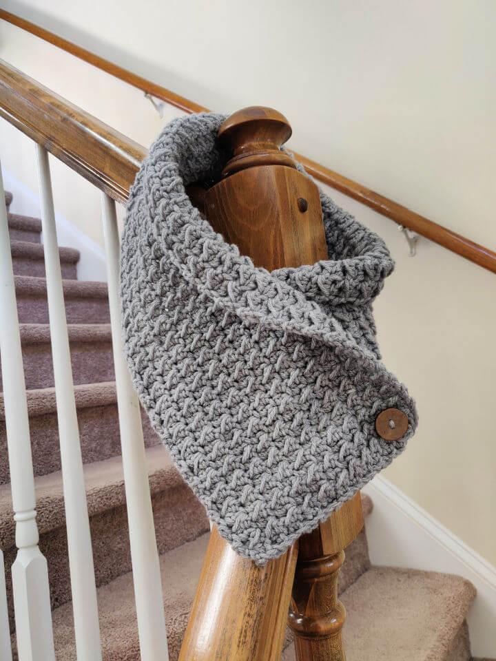Crochet Fleur Neck Warmer