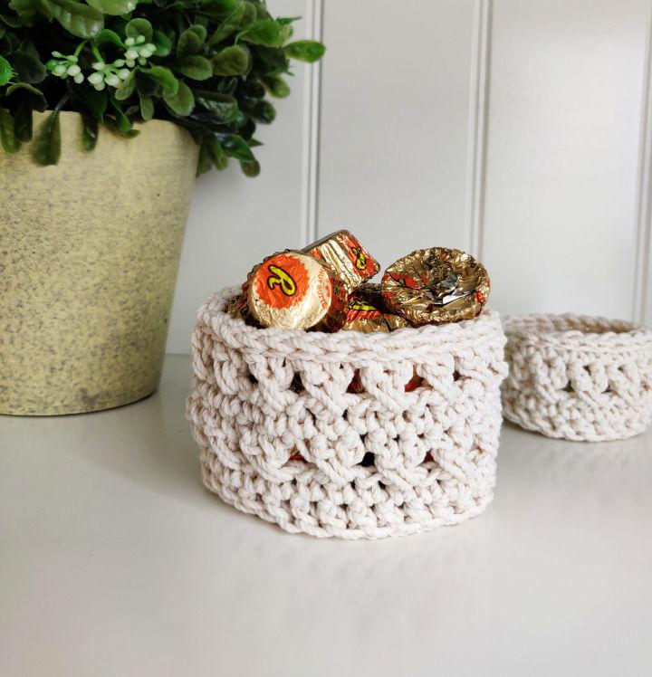 Crochet Waterfront Trinket Basket