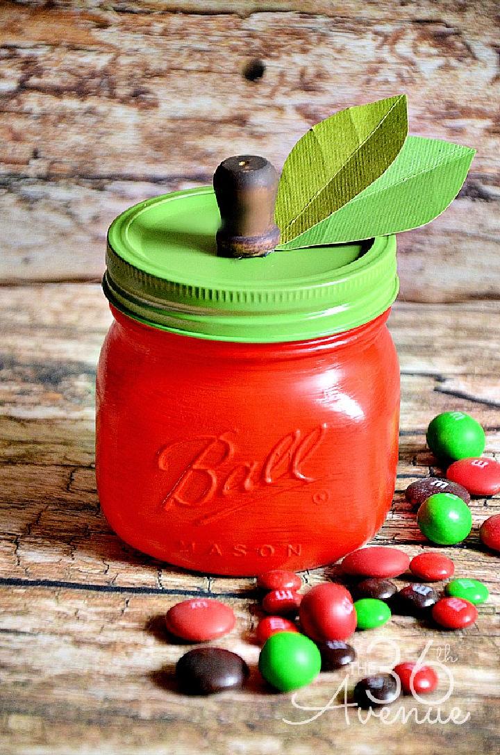 DIY Apple Mason Jar