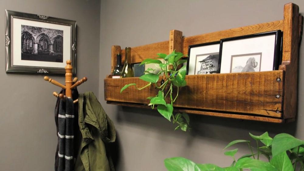 DIY Pallet Shelf 1