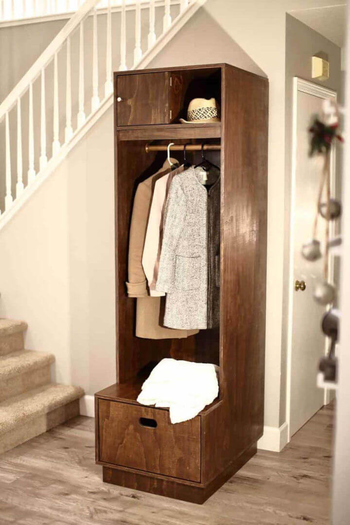 Entryway Locker with Storage