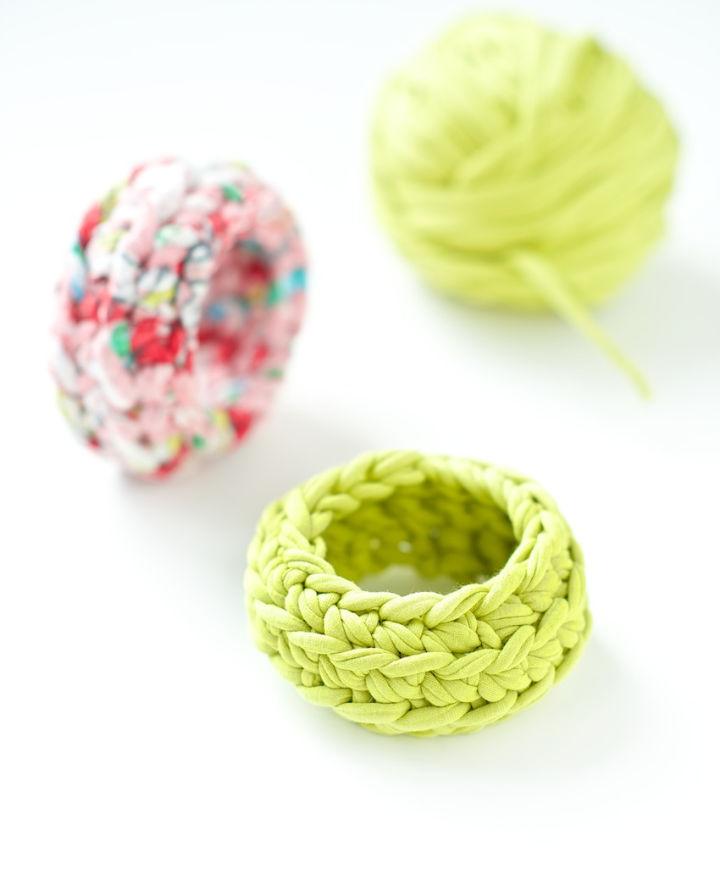 How to Crochet Bangle