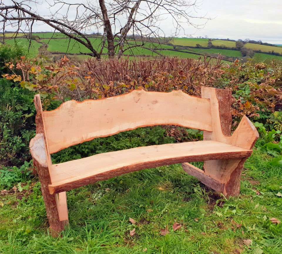 How to Make a Tree Trunk Bench