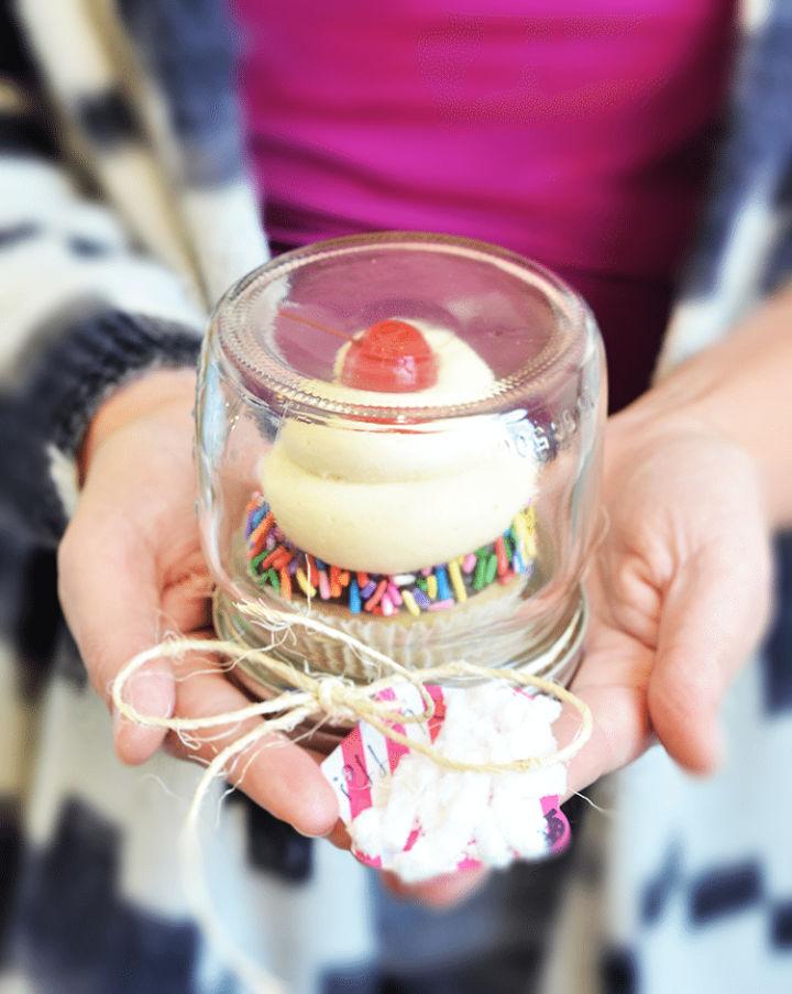Individual Cupcake Holder