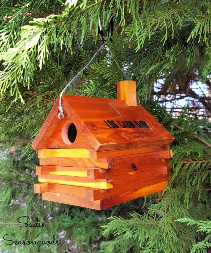 Log Cabin Bank Birdhouse