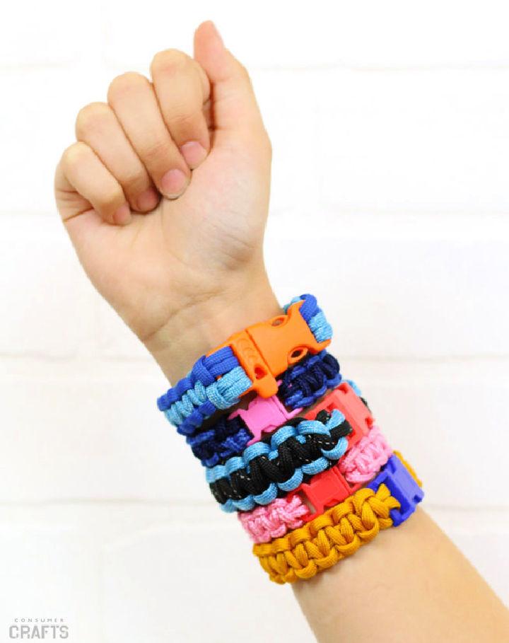 Make Your Own Paracord Bracelets