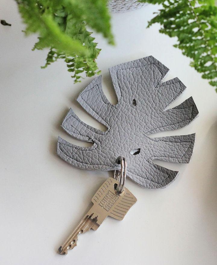 Make a Monstera Keychain