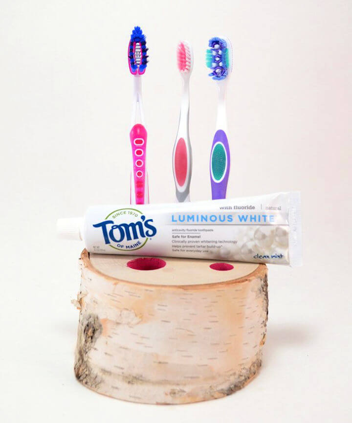Natural Birch Toothbrush Holder
