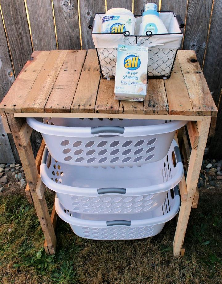 Pallet Laundry Shelf