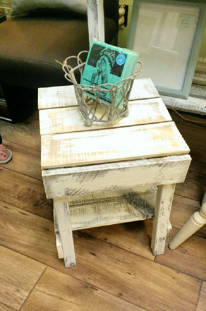 Pallet Rustic Side Table