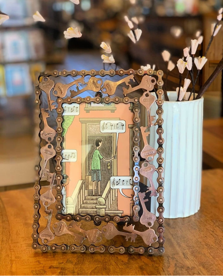Picture Frame Out of Recycled Keys