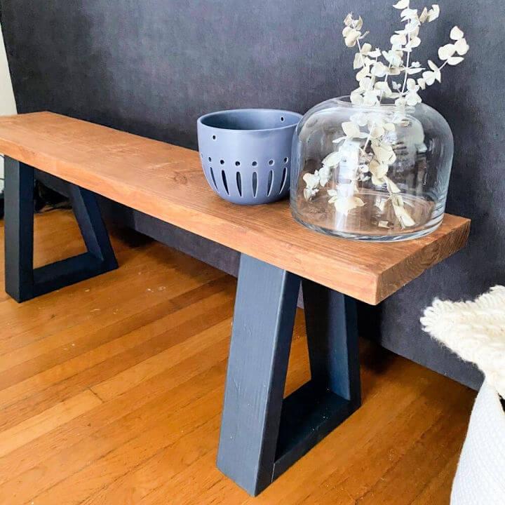 Quick and Easy DIY Entryway Bench